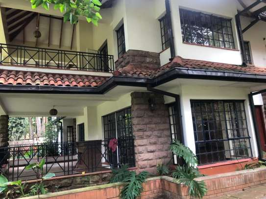 5 bedroom townhouse for rent in Rosslyn image 1