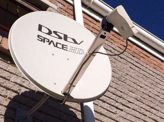 DSTV/OVHD Installations and Repairs Same Day Service image 1