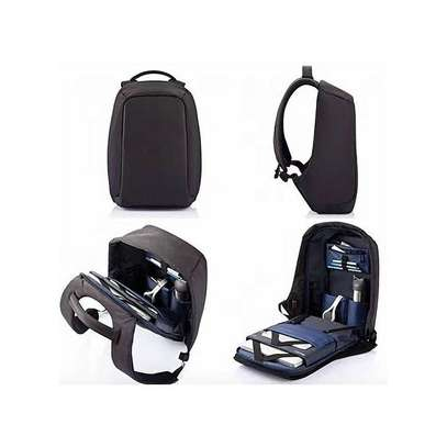 Anti Theft Backpack with USB-charging-Black image 2