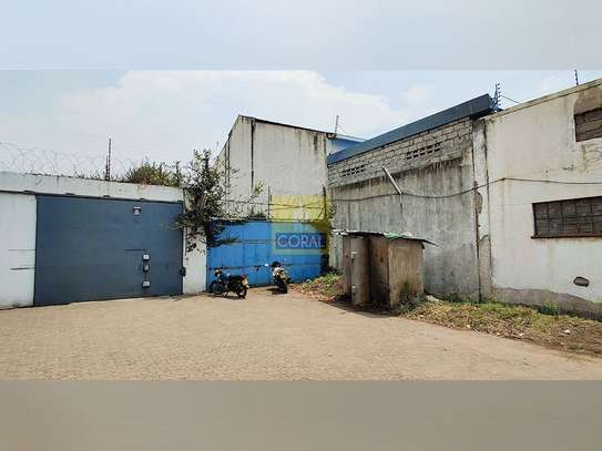 1245 m² office for rent in Industrial Area image 20