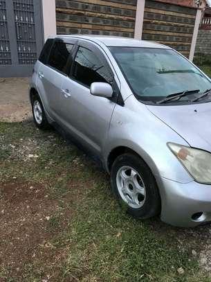 Toyota IST image 2