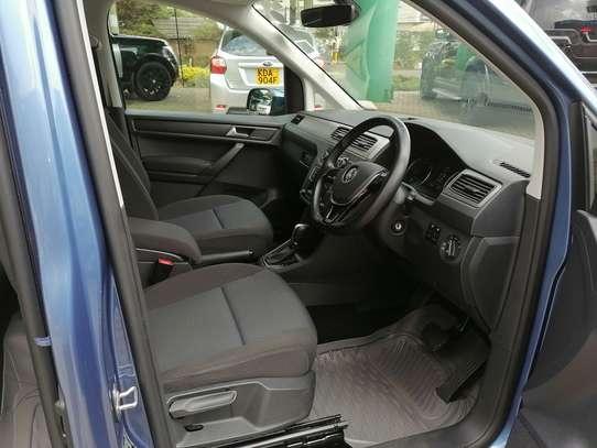 Volkswagen Caddy image 6