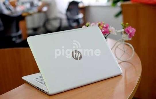 New Core i5 Hp820 slim full HD graphics image 1