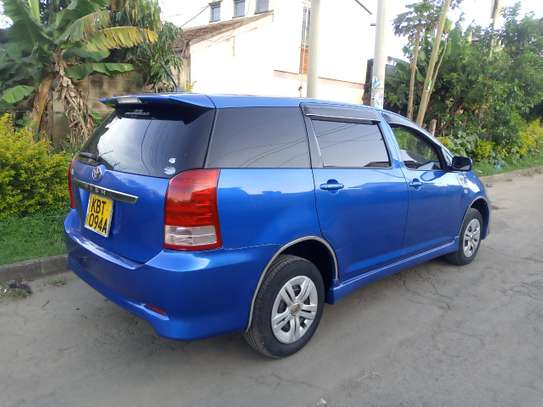 Clean Toyota wish 2005 Blue with Sunroof!