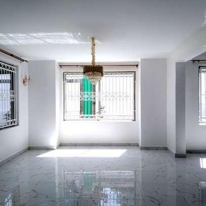 6 bedroom townhouse for rent in Karen image 2