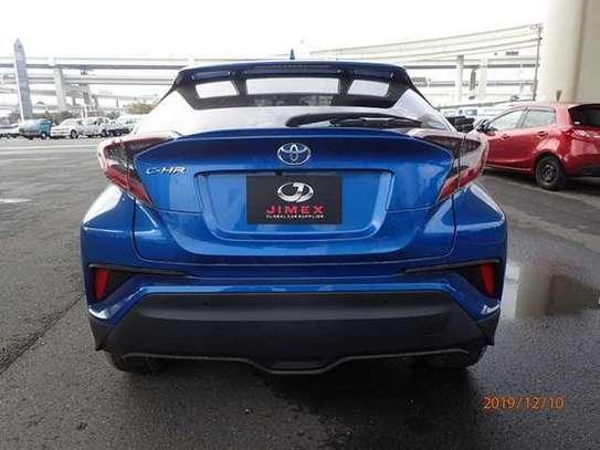 Toyota CH-R image 12