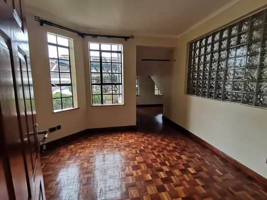 AN OUTSTANDING AND AFFORDABLE THREE STOREY 5 BEDROOM TOWNHOUSE image 11