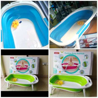 Foldable and Portable Baby Bathtub image 1