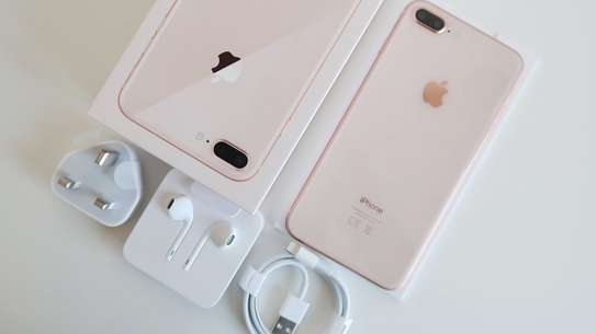 Apple iPhone 8 plus (64GB) image 2