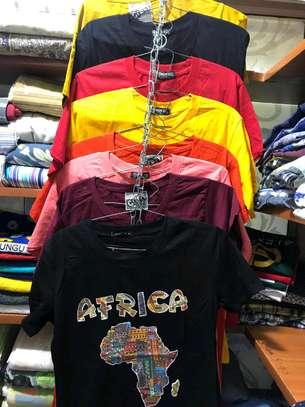 T-shirts image 1