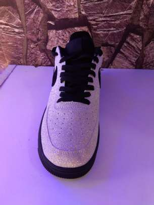 Airforce sneakers image 2