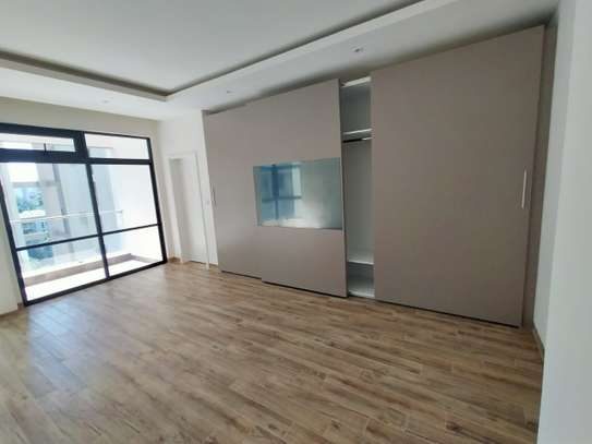 3 bedroom apartment for rent in Riverside image 5