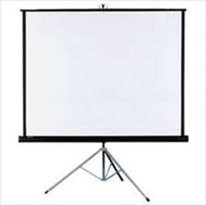 Best Quality Projection Screens For Hire image 3