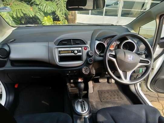 Honda Fit image 13
