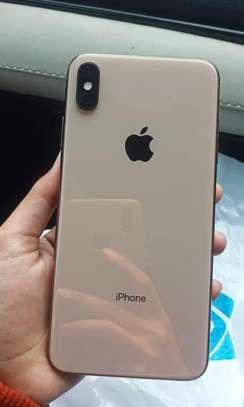 Iphone xs max *512gb* under warranty * image 3