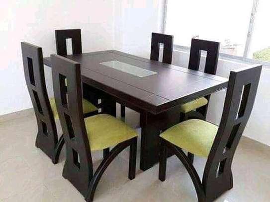Daining table image 1