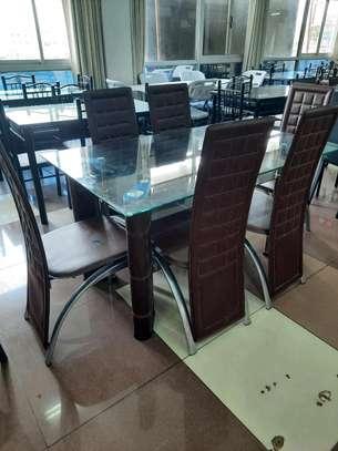 Unique dining . image 1