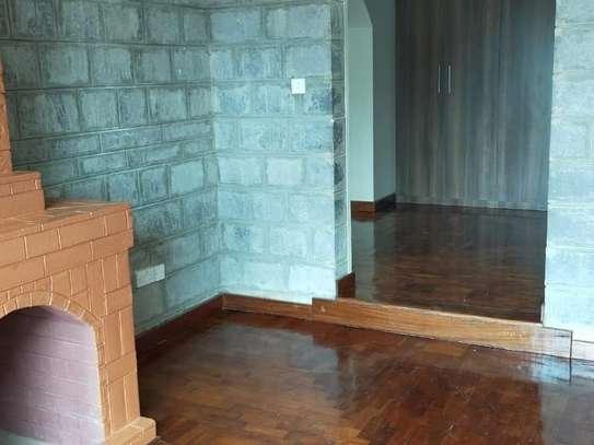 5 bedroom house for rent in Kitisuru image 13