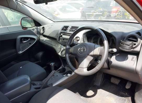 Toyota RAV4 image 3