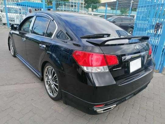 Subaru Legacy image 2