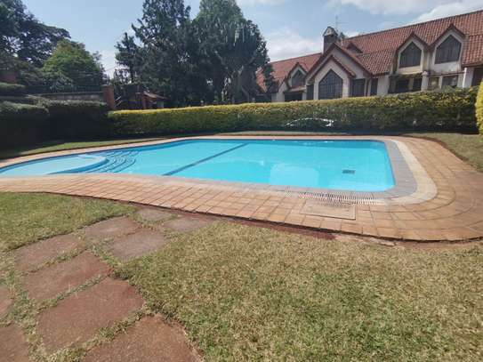 CLEAN AND SPACIOUS 5BEDROOM TOWNHOUSE WITH DSQ image 14
