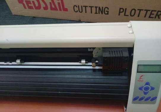 Redsail cutting plotter image 3