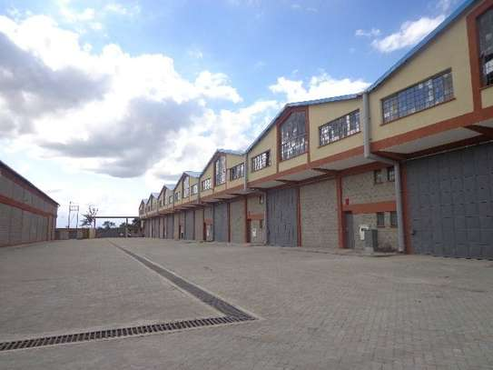 8200 ft² warehouse for rent in Juja image 2