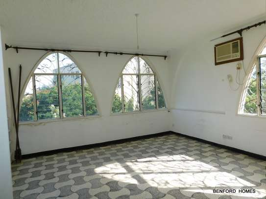 6 bedroom house for rent in Nyali Area image 4