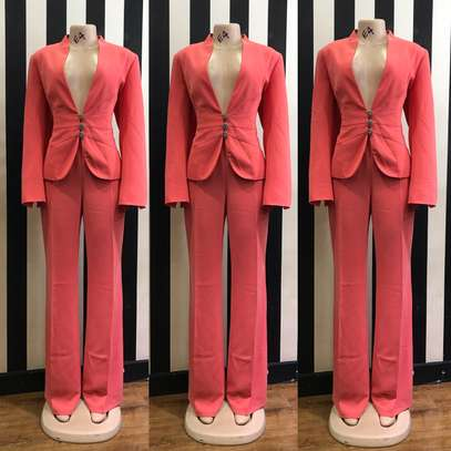 Elegant thrift collection image 5