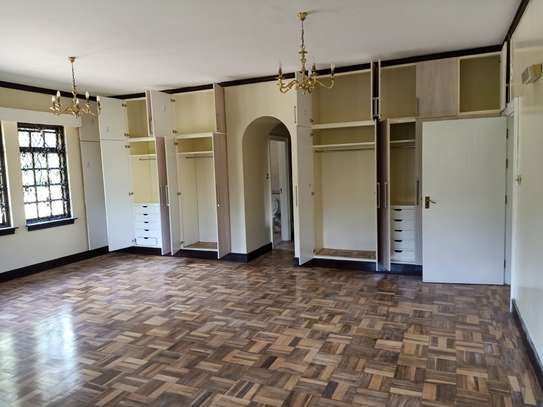 5 bedroom house for rent in Old Muthaiga image 6