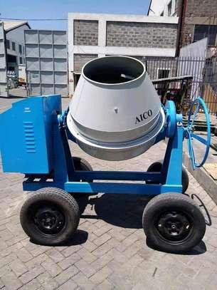 Brand new 500l aico concrete mixer. image 2