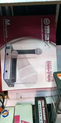 Max Vhf Professional Wireless Microphone Dh-744 image 2