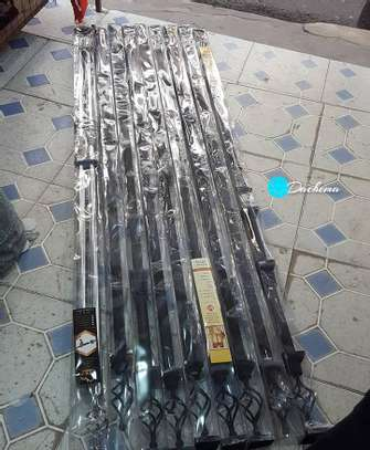 2m single extensible curtain rods image 1