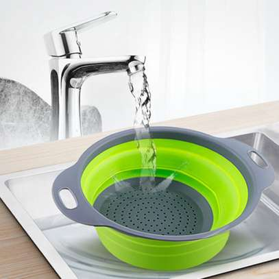 Foldable silicone colander image 2