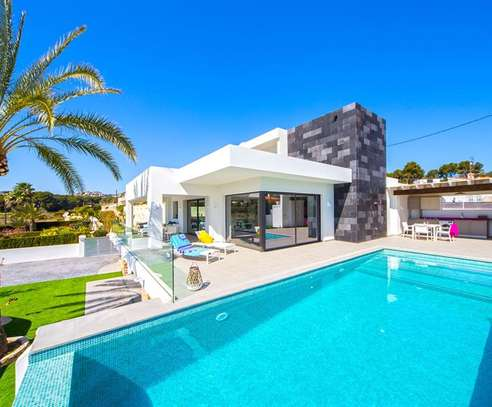 All Swimming Pool Repairs , Renovations & Cleaning- Free Quotes Best Prices image 12