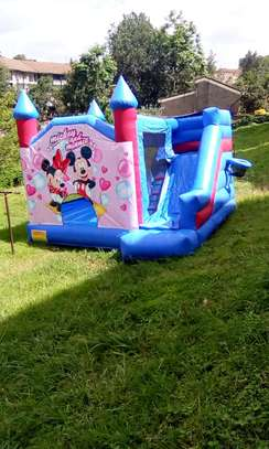 bouncing castles for hire image 7