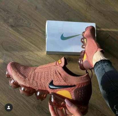 Nike VaporMax Moc image 1