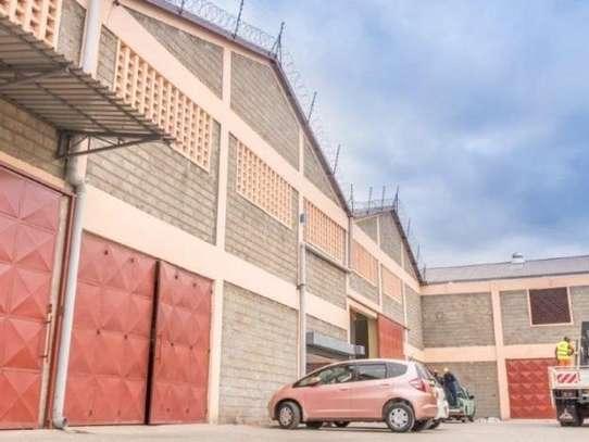 799 m² warehouse for rent in Imara Daima image 2