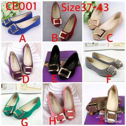 Quality ladies flat shoes image 2