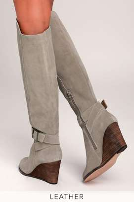 Diana Ferrari. Grey suede/leather knee-high wedge boot: size 10.5 image 1