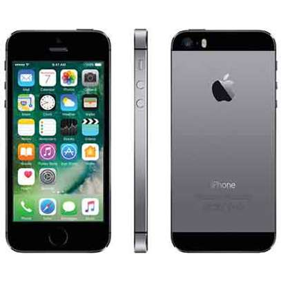 iPhone 5S 32GB  - Free glass Protector