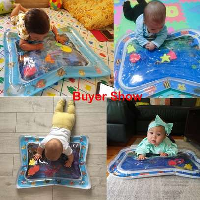 Baby inflatable water play mat. image 4