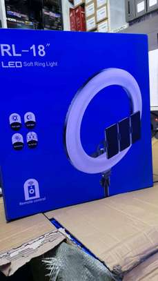 RL-18, Selfie Ring light and Photographic lamp - 18 inch image 1