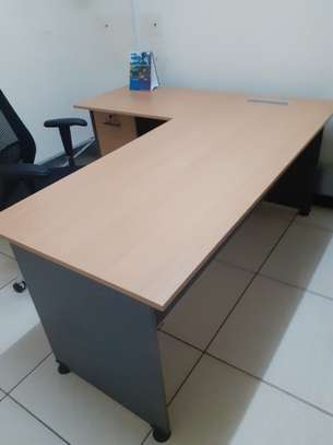 L-Shaped Executive Desk 1.6Meter Ksh. 23,500.00 With Free Delivery image 9