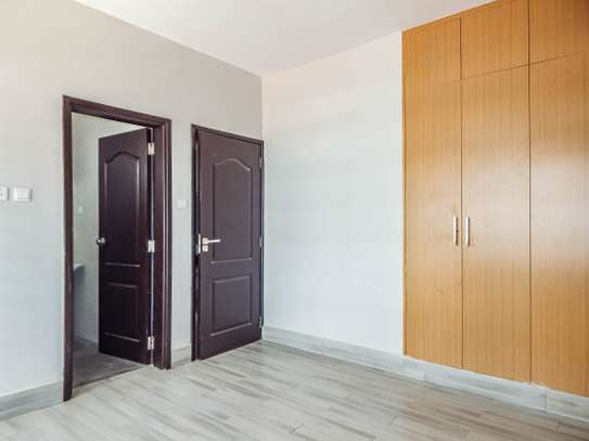 2 bedroom apartment for sale in Ruaka image 12