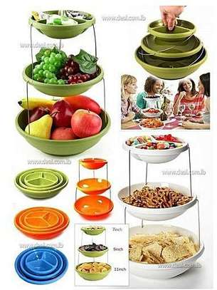 Collapsible party bowls image 1