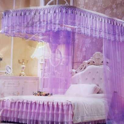 Two stand mosquito net