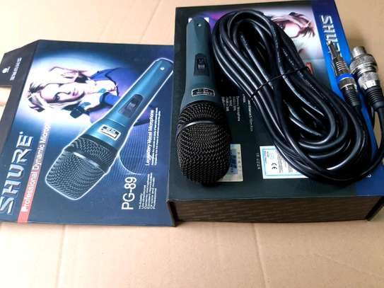 Shure wired/coded microphone image 1