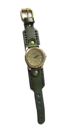 Green Leather Straps Quartz Watch image 1