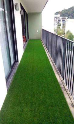 grass carpet influence on beauty and texture image 15